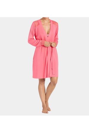 damsky-zupan-amourette-spotlight-robe-03-triumph.jpg