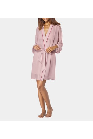 damsky-zupan-chemises-ss19-robe-06-triumph.jpg